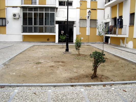azuljardines.com_diseño_instalacion_jardines_comunidad_Torneo_antes_2
