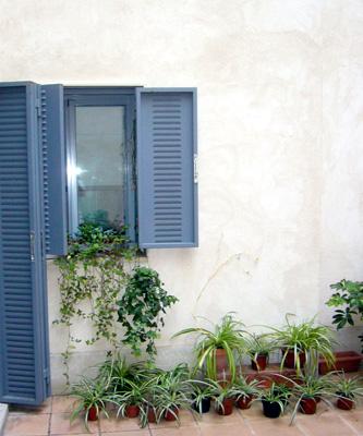 azuljardines.com_diseño_instalacion_jardines_patio_Juan_antes_4
