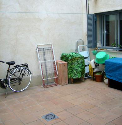 azuljardines.com_diseño_instalacion_jardines_patio_Juan_antes_5