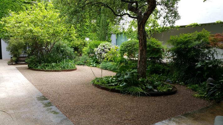 azuljardines.com_mantenimiento_periodico_jardin_Asunta_2