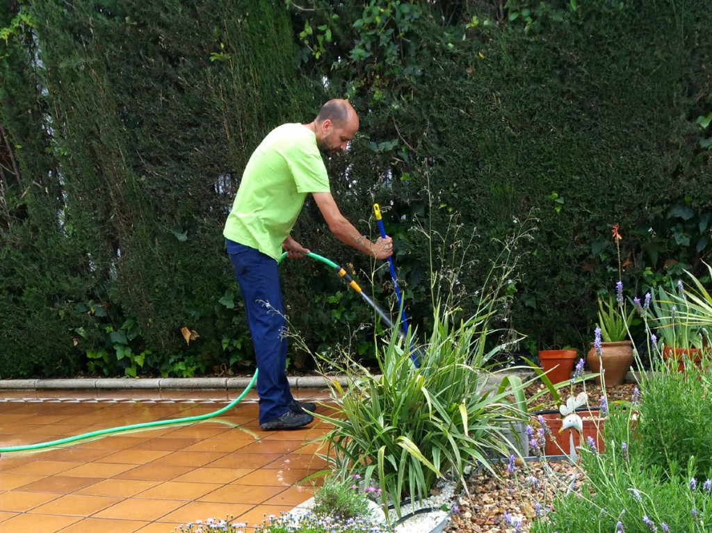 azuljardines.com_mantenimientos puntuales_trabajando