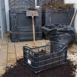 azuljardines.com_suministro material ecológico_compostaje_2