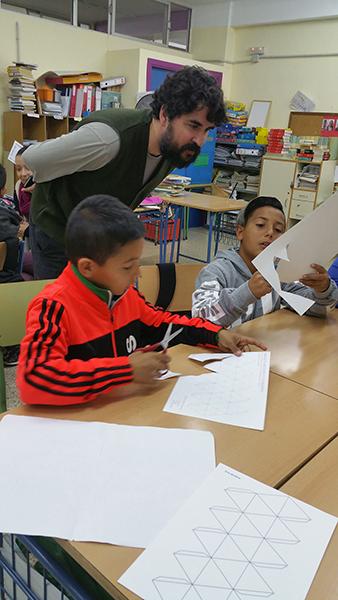 AzulJardines_educacionambiental_CEIPAndalucia_trabajando-en-el-aula