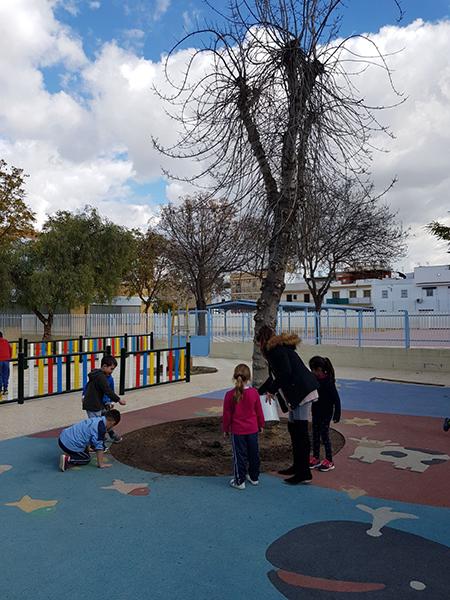 azuljardines.com_educacion-ambiental_CEIP-Velez-de-Guevara-1